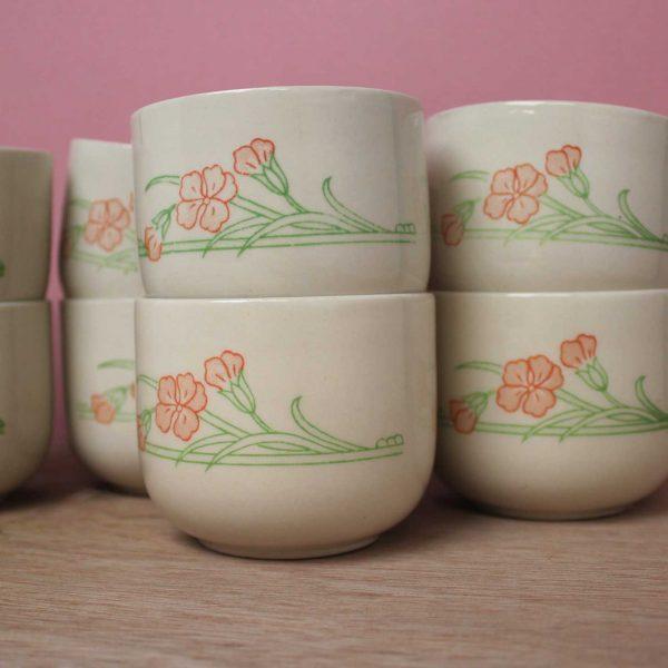 Kopjes Eit ltd England retro bloemen